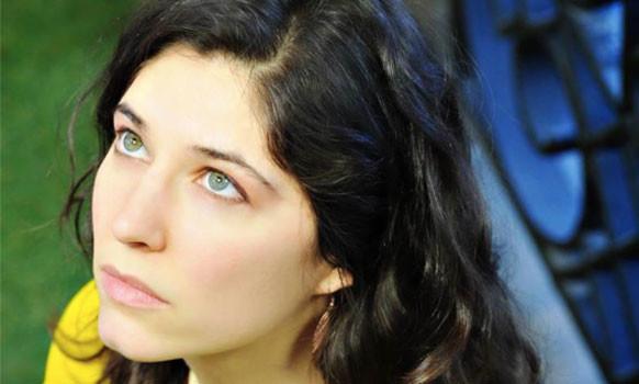 Howard Stern's Daughter Became Orthodox ; Wells of Miriam