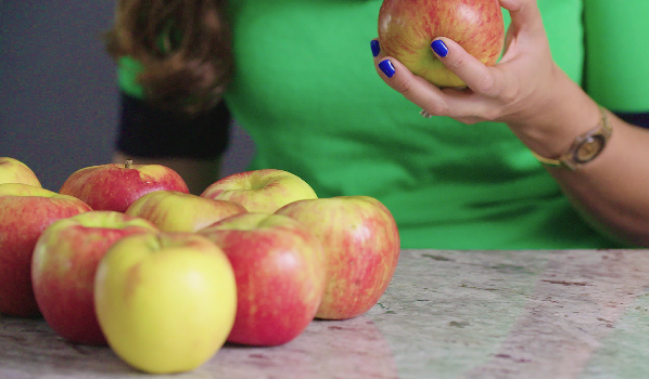One Minute Rosh Hashana Insight: The Sweetness of Apples