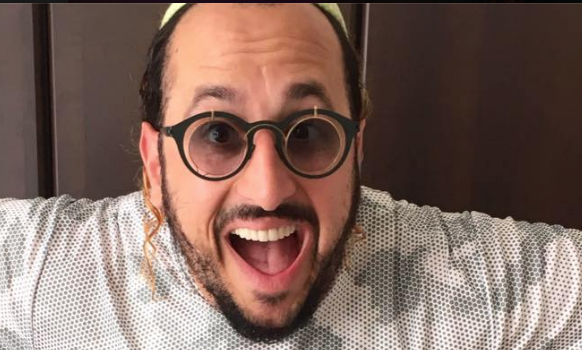 A Talk With Hasidic Music Superstar Lipa Schmeltzer