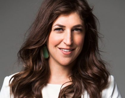 Mayim Bialik Visits Fathers Grave Before The Emmys & Other Orthodox Jews in the News