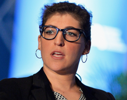 Mayim Bialik: Hollywood Is Not Friendly To People of Faith & Other Orthodox Jews in the News