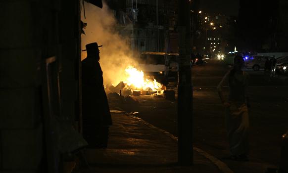 Ultra-Orthodox Rabbi Condemns Charedi Extremism in Israel