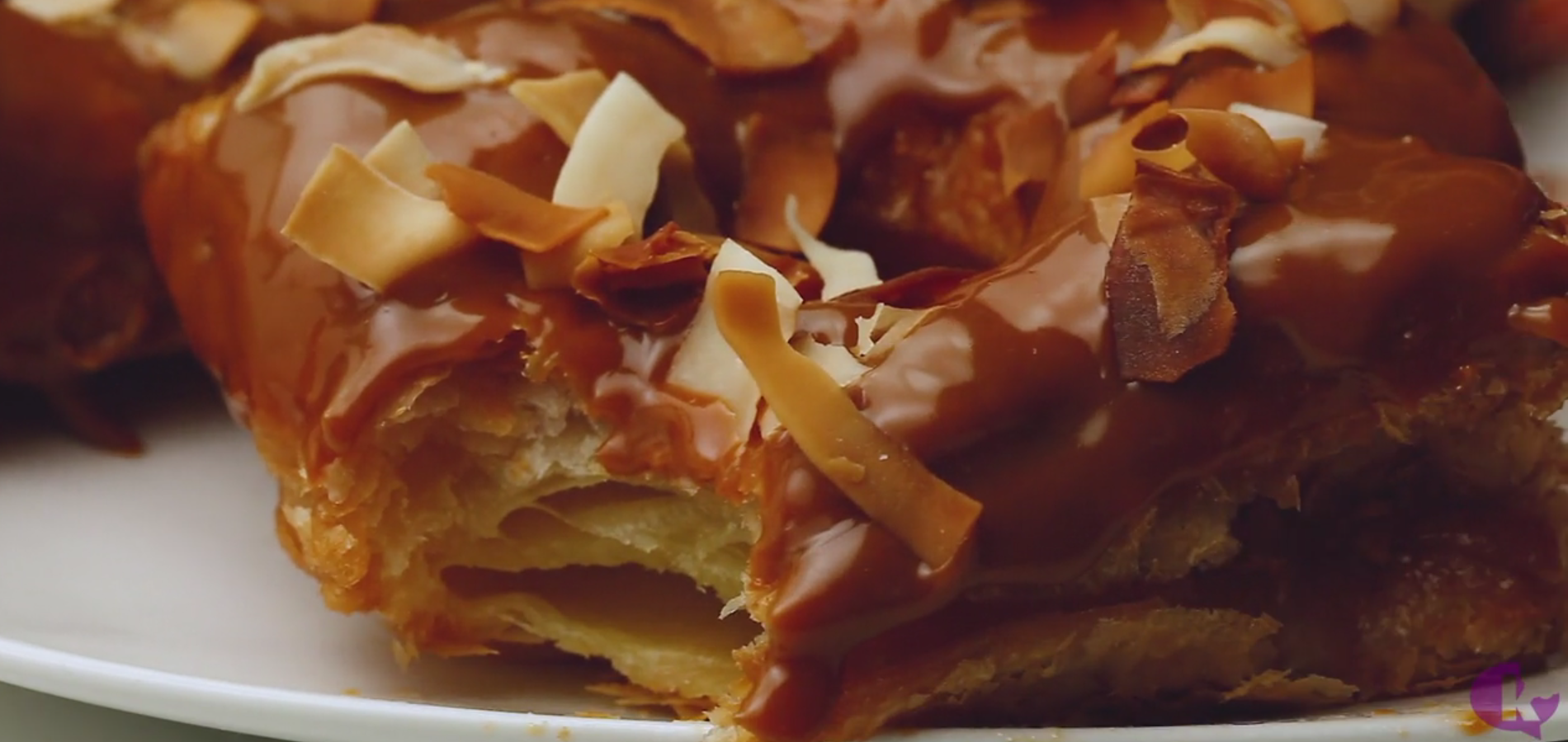 The Chanukah Showstopper: Kosher.com's Dulce De Leche Cronuts