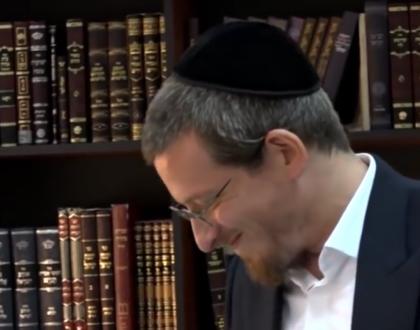 Video of Groundbreaking Haredi Yeshiva Goes Viral & Other Orthodox Jews in the News