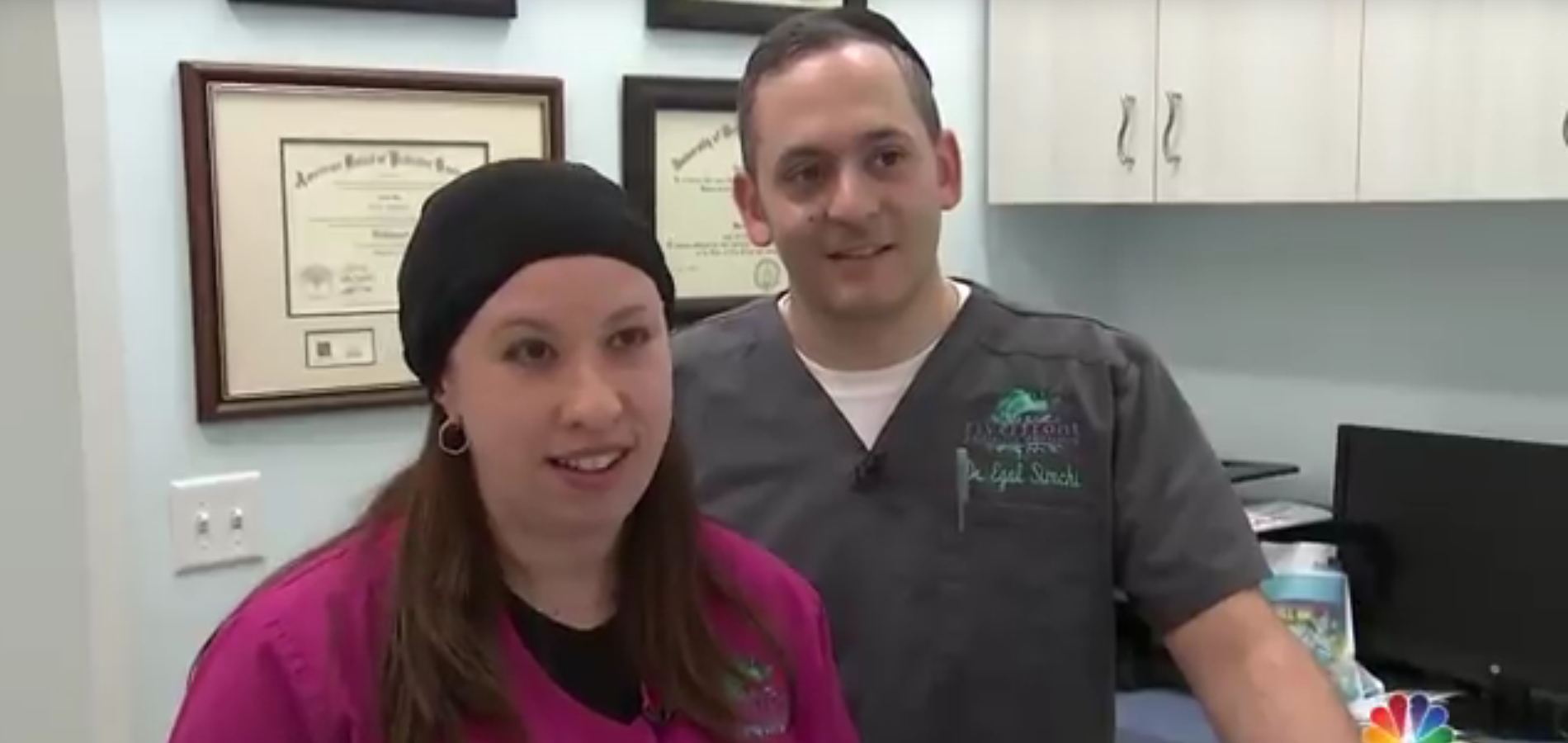 The Frum Dentist Who Charms Patients With Magic & Other Orthodox Jews in the News