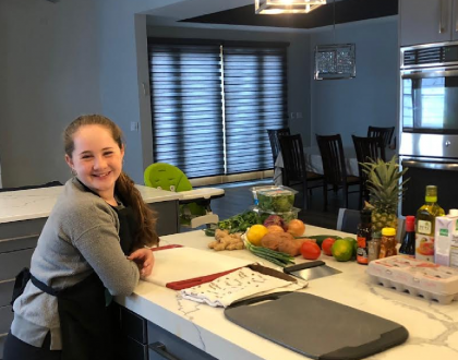 "Orthodox Jewish Teen Makes History With ""Chopped: Whiz Kid Cooks"" Win"
