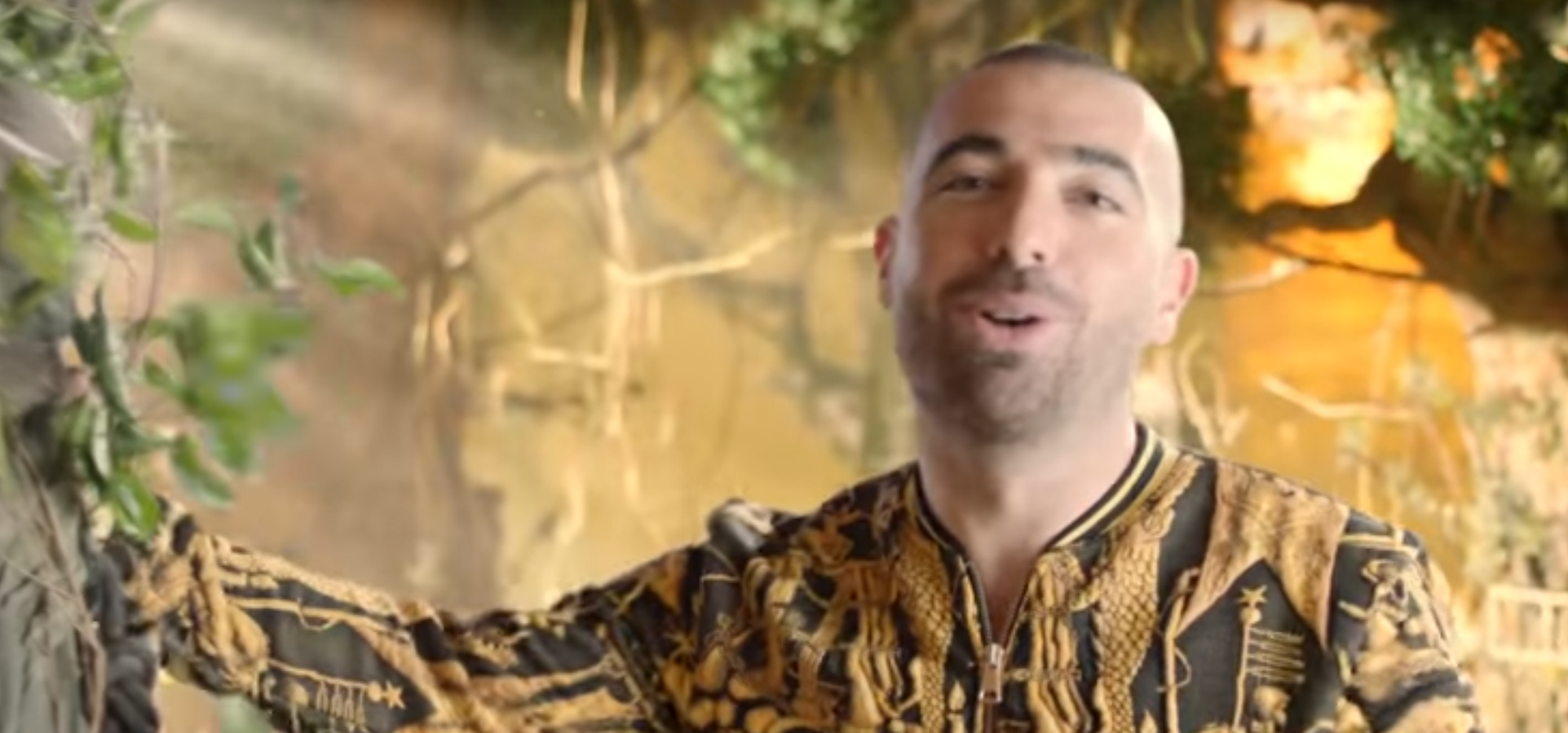Israel's Top Pop Star Won't Break Shabbos & Other Orthodox Jews in the News