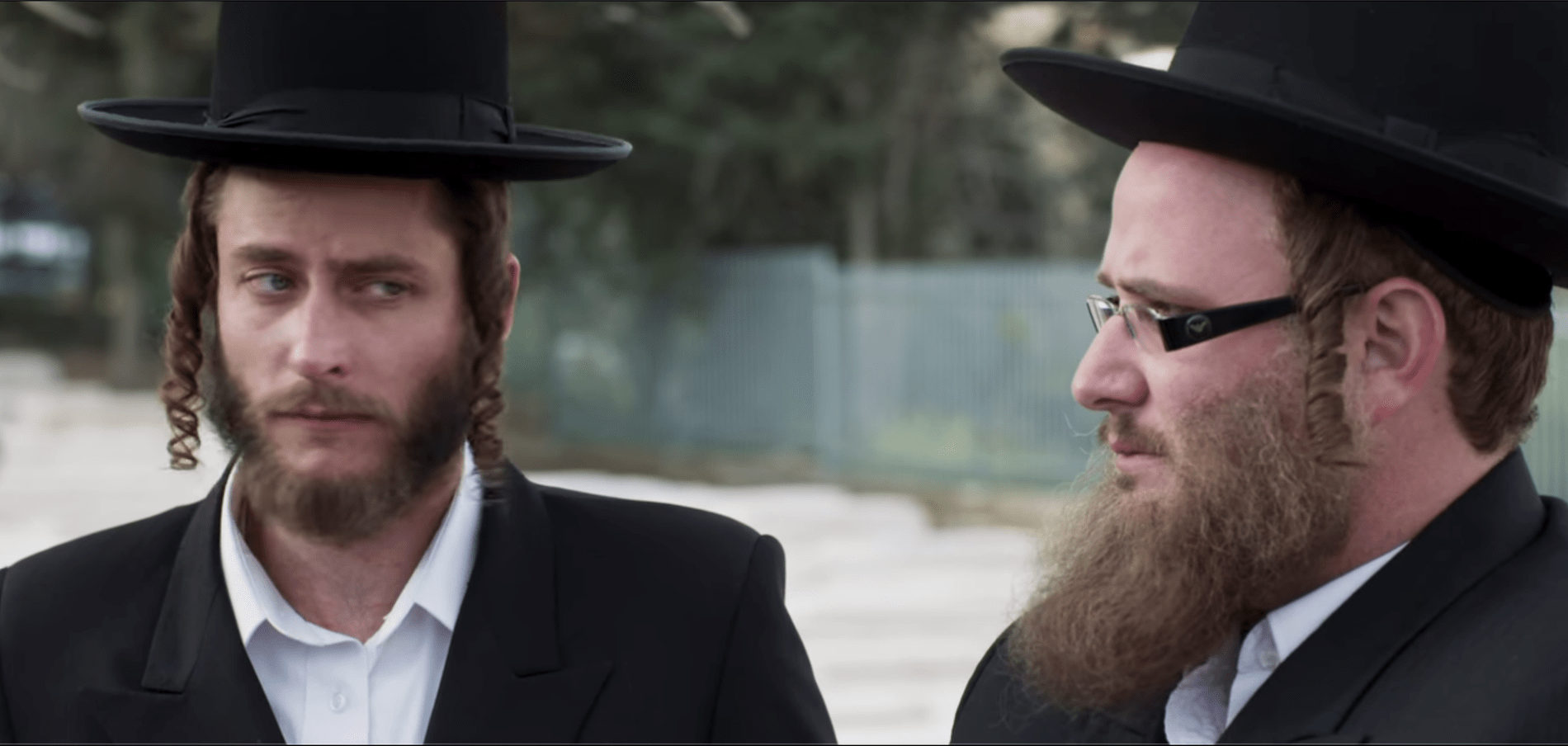 How Do Hasidic Jews Curl Their Sidelocks?