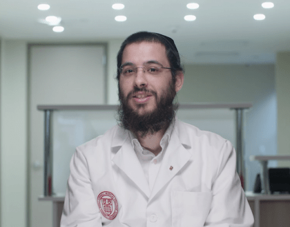 Meet The First Hasidic Jew In Israel To Go To Med School