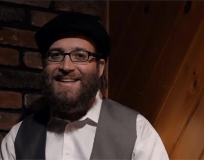Meet Yoely Lebovits, The Satmar Hasidic Comedian