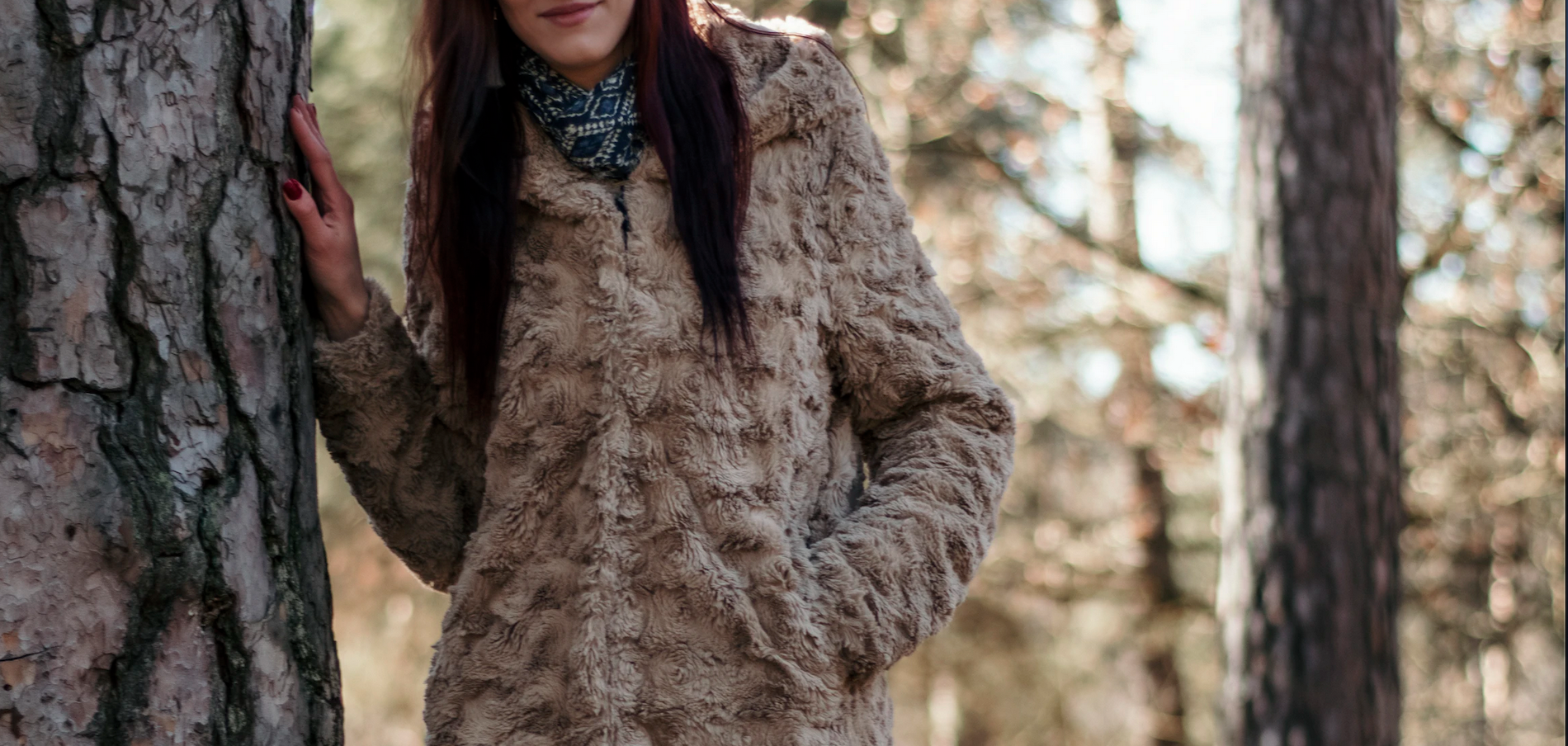 Five Ways to Stay Warm and Stylish While Outside For The Holidays